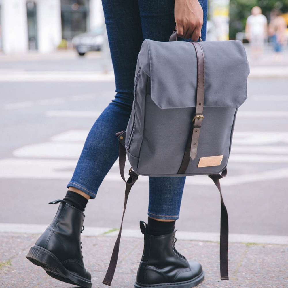 Property Of... - Charlie 12h Backpack stone blue dark brown