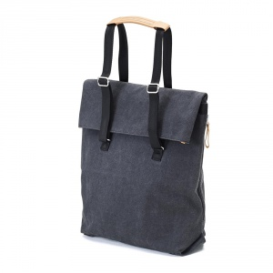QWSTION - Day Tote washed black